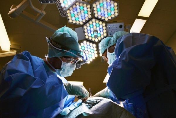 Жительнице Волгограда сделали пластическую операцию, после чего посоветовали поменять паспорт